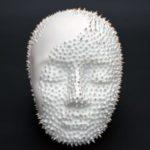 Porzellanskulptur Epithelantha micromeris weiß mit Dornen